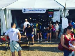 And we're back and underway for Day 2!! Pho Thanh Nien is now open at 2017 Hoi Cho Tet @ Fairfield Showground!! Come and support our charity cause! What's on the menu you ask? Just to remind you again, we have: - Pho (Beef Noodle Soup) - Bun Dac Biet (Special Vermicelli Noodles) - Bun Bo La Lot (Vermecelli with Beef wrapped in Betel Leaves) - Bo La Lot (Beef wrapped in Betel leaves) - Hot Vit Lon (Duck eggs) - Nem Nuong (Pork balls on a stick) - Vietnamese Ice Coffee - Che Trai Cay (Fruit combination desert) Come and you won't be disappointed!! 😃 Come and get it while you can!! #HCT2017 #SydTet17 #thanhnieninsta